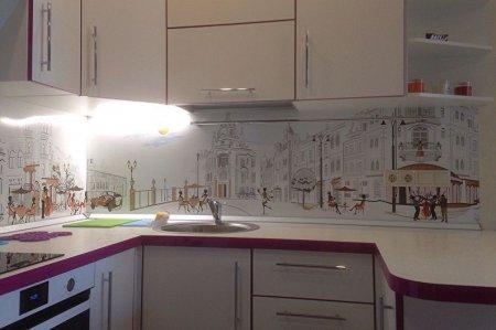 Отделка рабочей стены на кухне