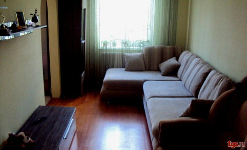 Сдам в аренду с минимумом мебели на севастопольской площади ул.васильченко, 3, 4/12, 64/34/11, дому 6 лет.