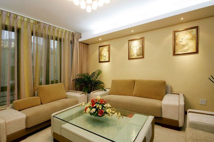 """Дизайн интерьера гостинной с балконом """" современный дизайн."""