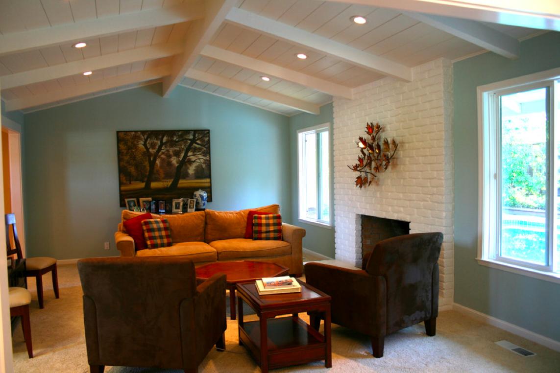 Дизайн низких потолков с балками