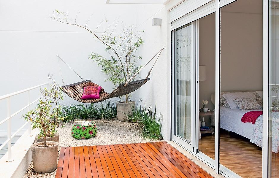 """Дизайн балкона частного дома """" современный дизайн."""