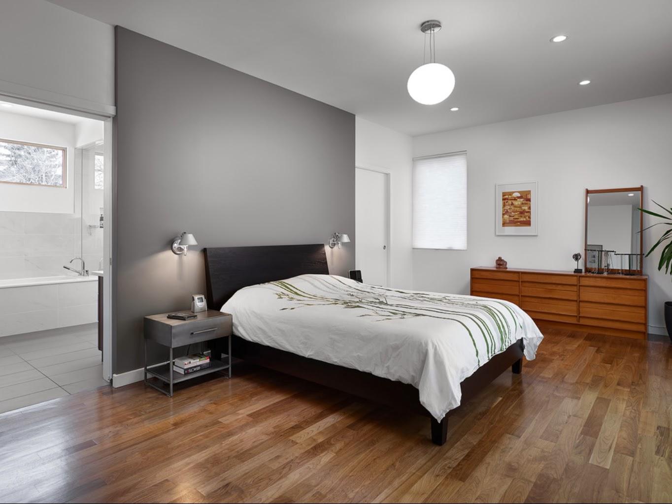 Дизайн спальни с серыми обоями 97
