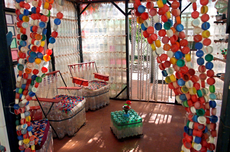 Поделки для дома и дачи из пластиковых бутылок