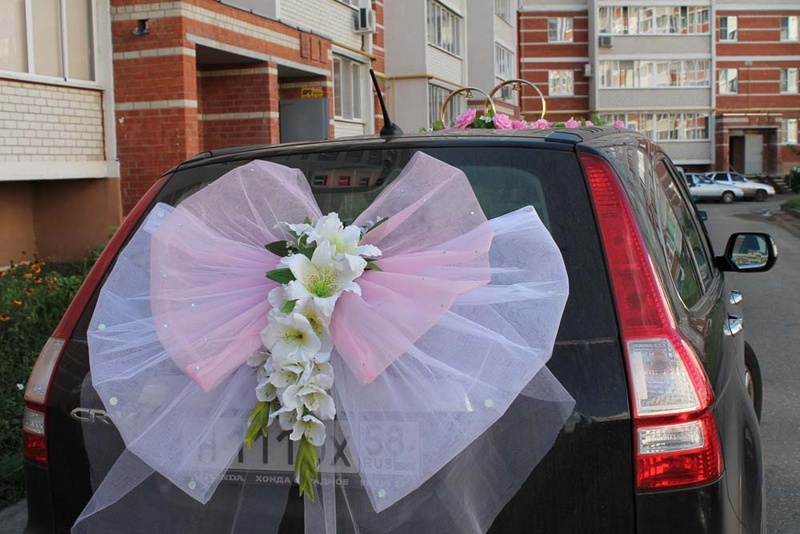 Свадебное украшения на машину своими руками