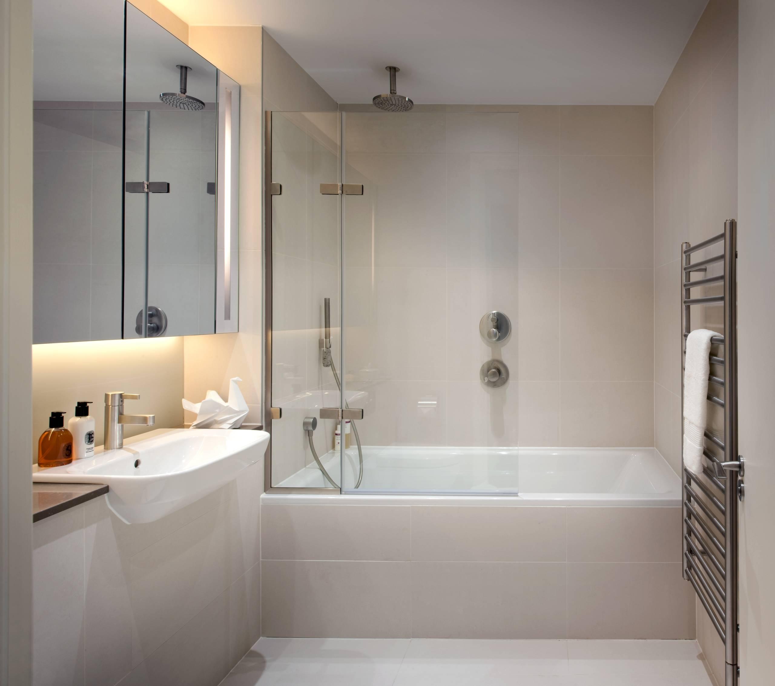 Ванная комната в квартире дизайн в современном стиле
