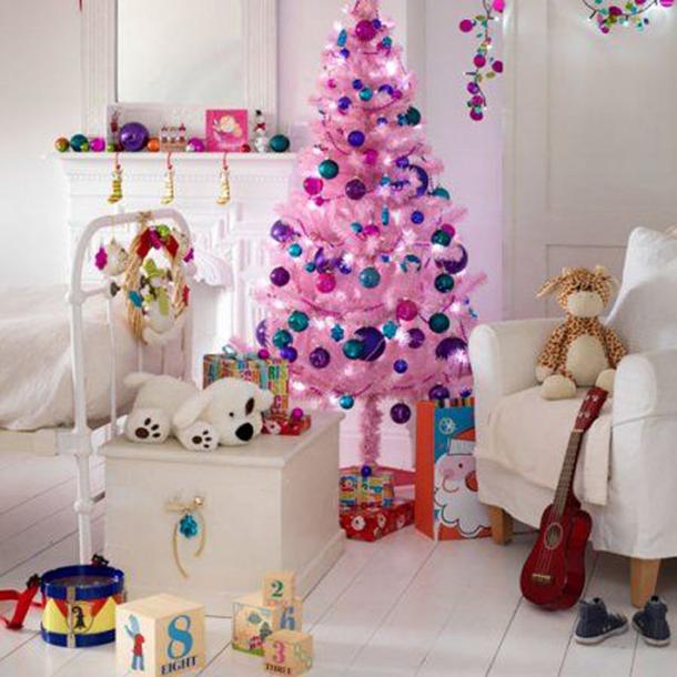 Как украсить комнату девочки  на новый год