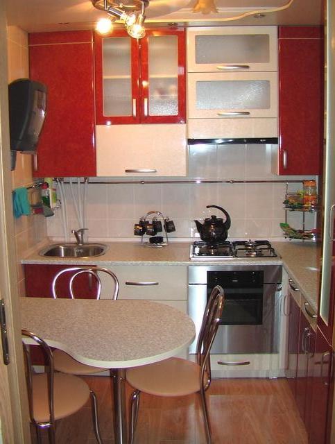 """Дизайн маленькой кухни квартире фото """" современный дизайн."""