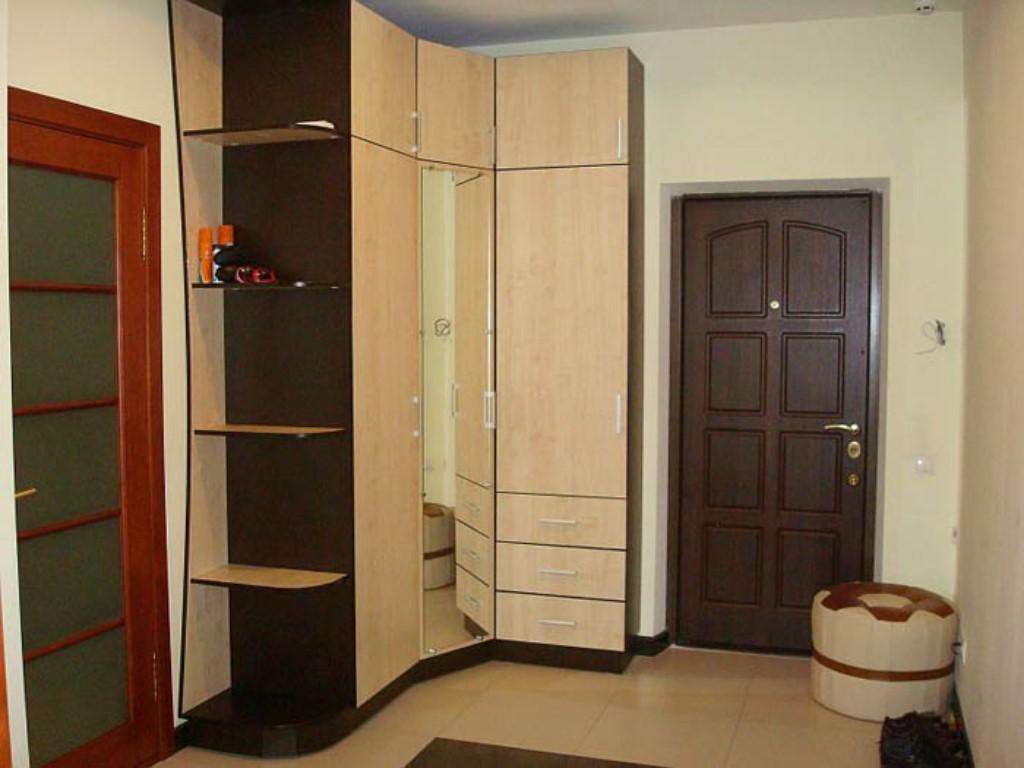"""Дизайн коридора в двухкомнатной квартире """" современный дизай."""