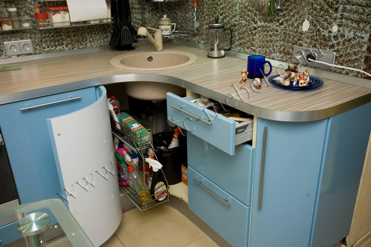 Угловая кухня для малогабаритной кухни своими руками 83