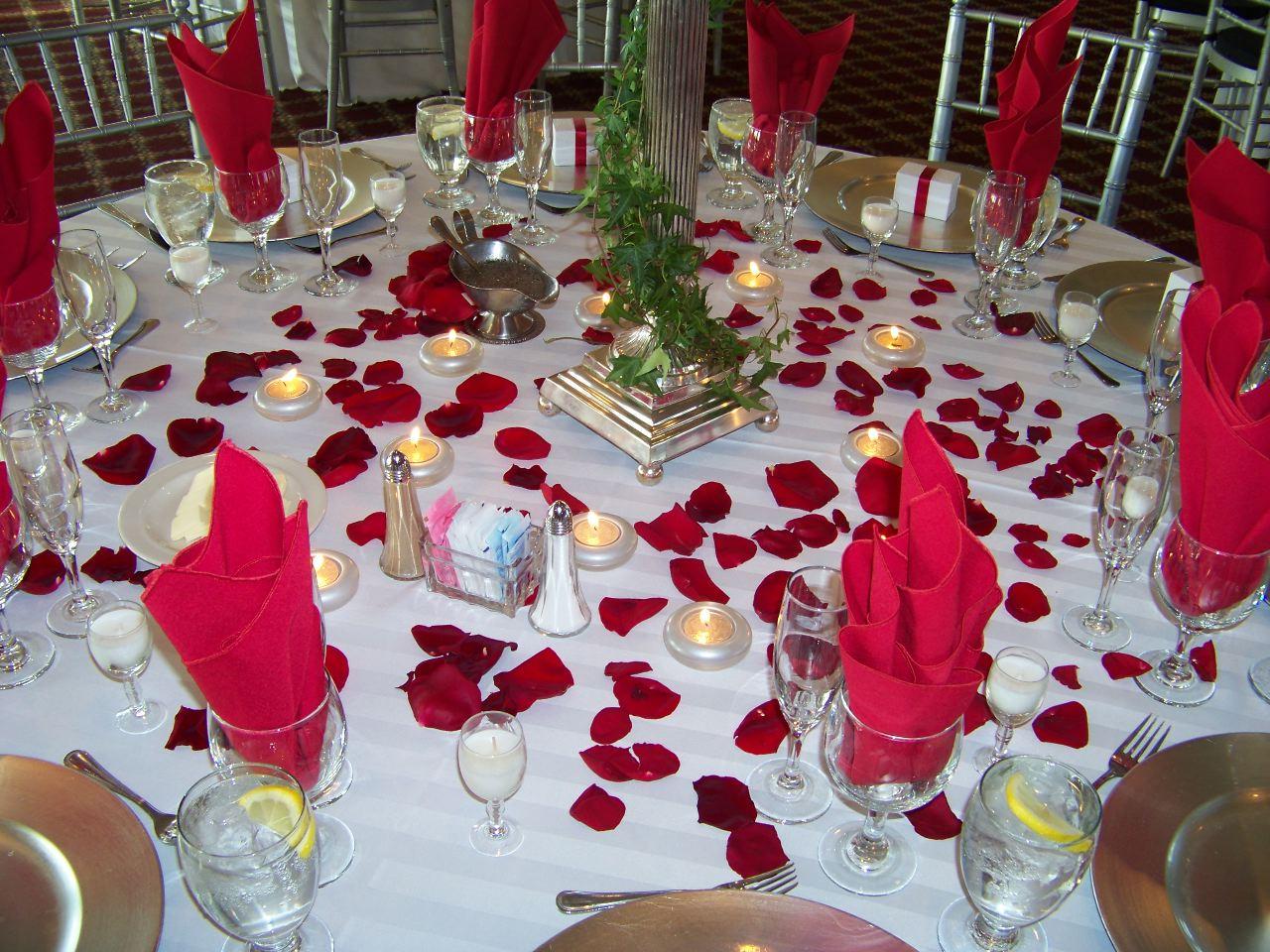 Как можно украсить стол на свадьбу своими руками 61