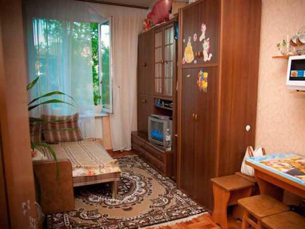 Интерьер для маленькой комнаты в общежитии для семьи фото