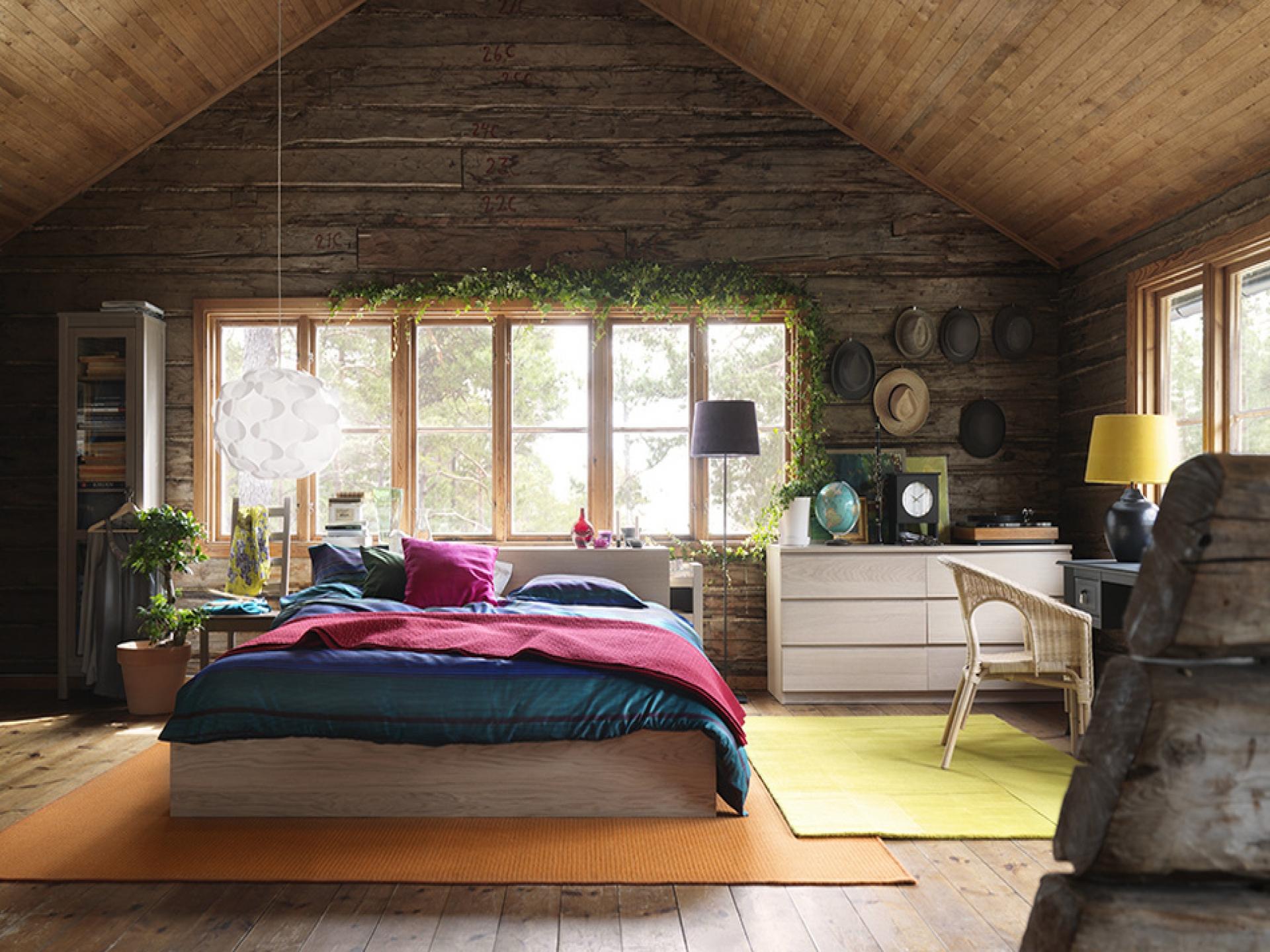 Дизайн для комнаты в деревянном доме