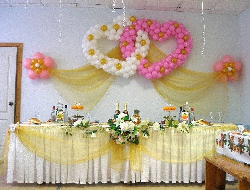 Украшать свадебный зал своими руками