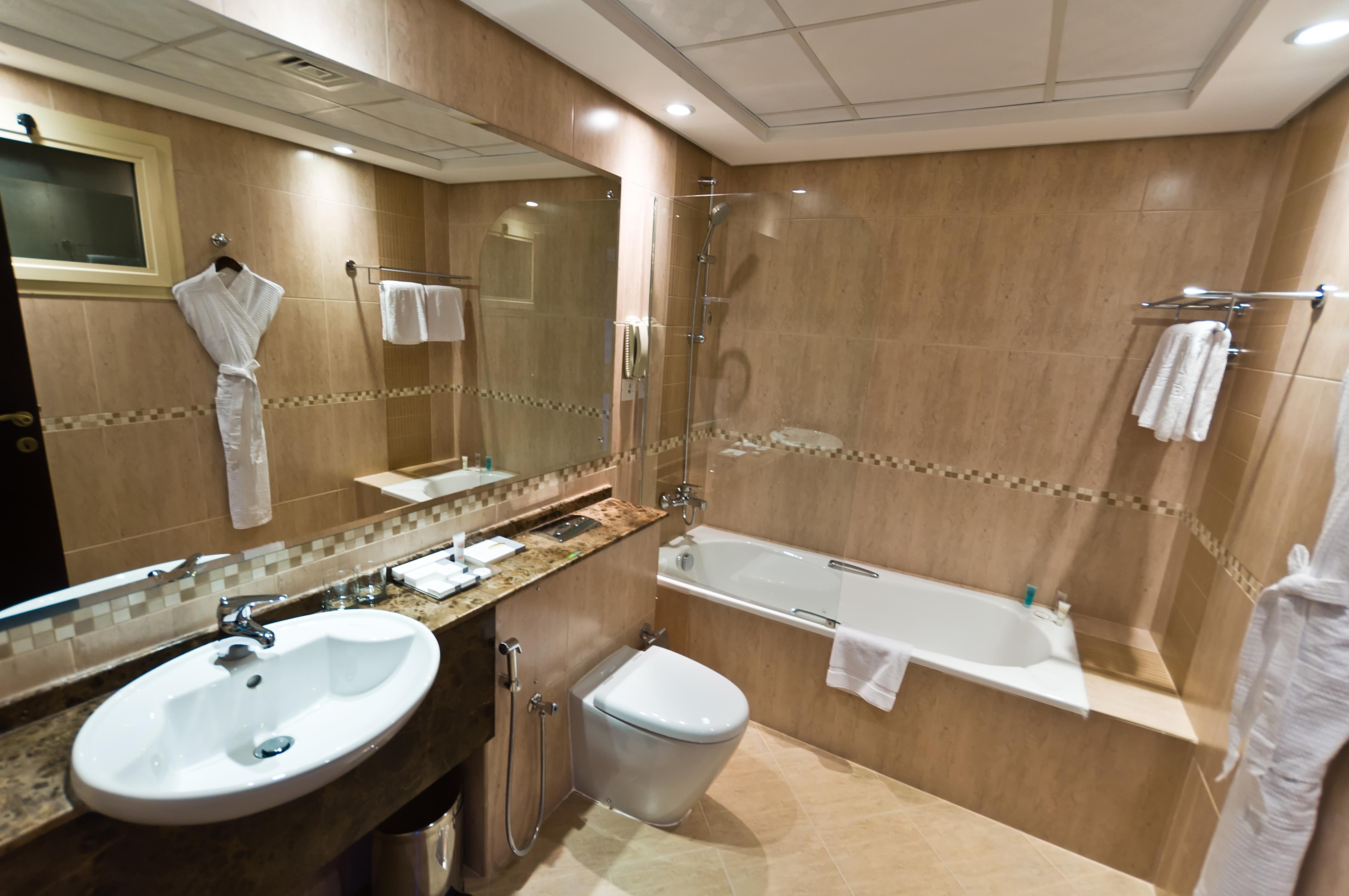 Современный дизайн ванны в квартире фото