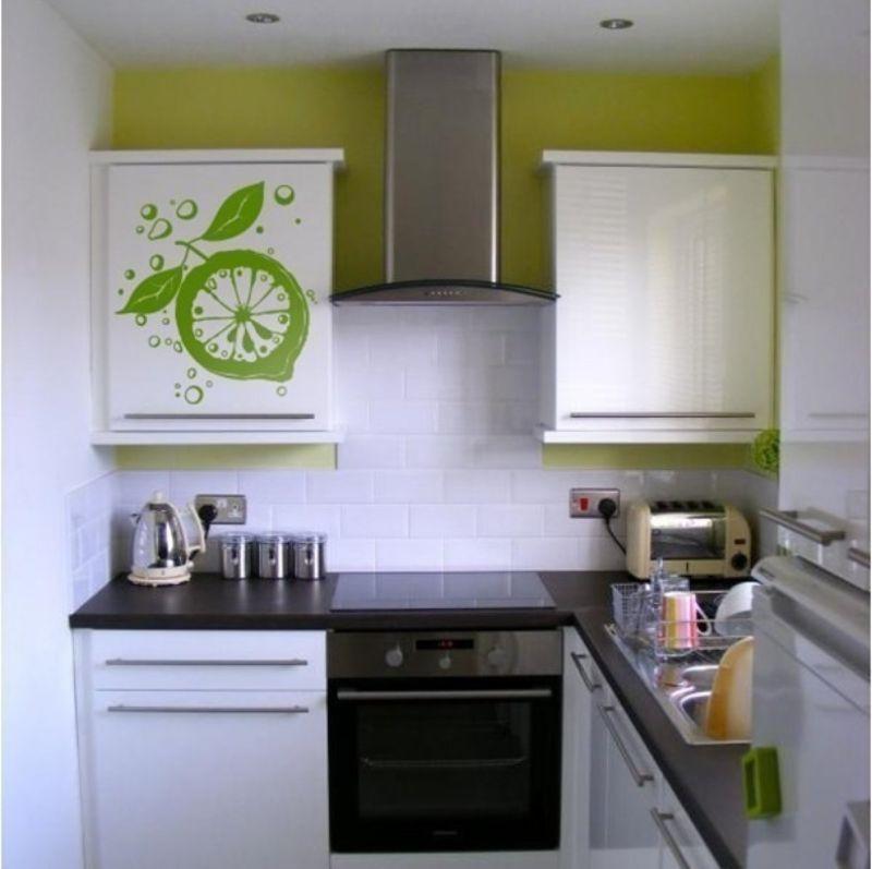 Малогабаритная угловая кухня в хрущевке дизайн 5 кв м