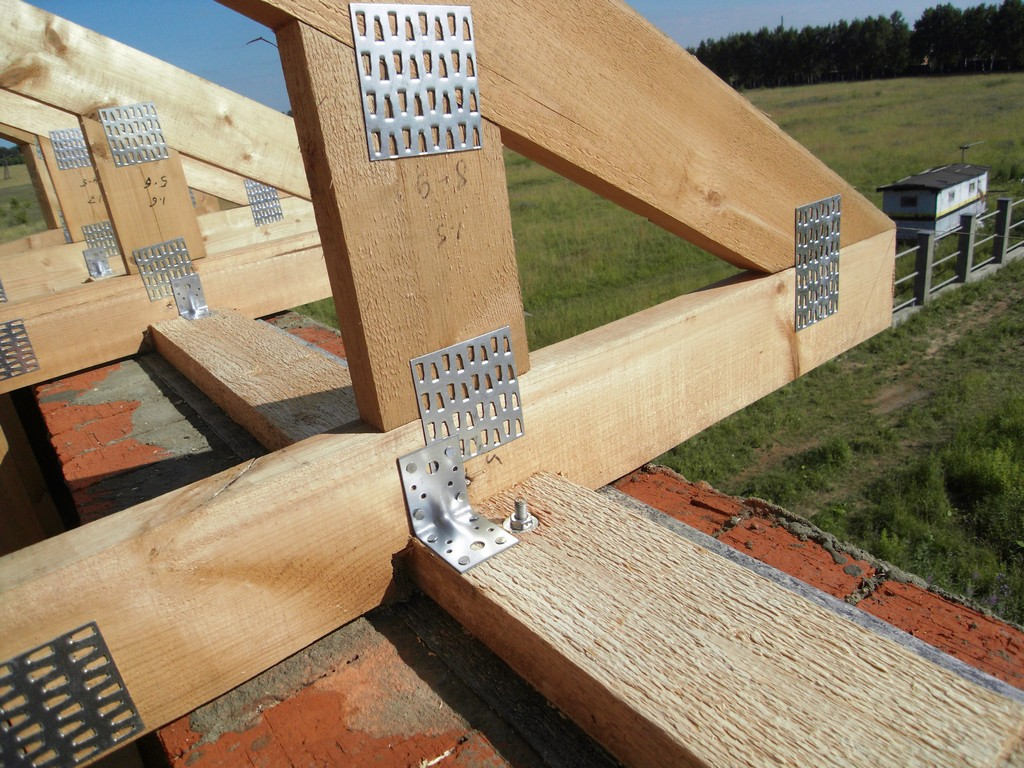 Двухскатные крыши своими руками 50