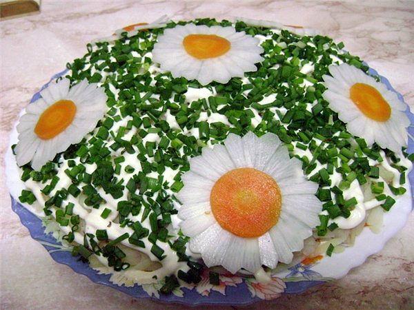 Украшение салатов с фото своими руками видео
