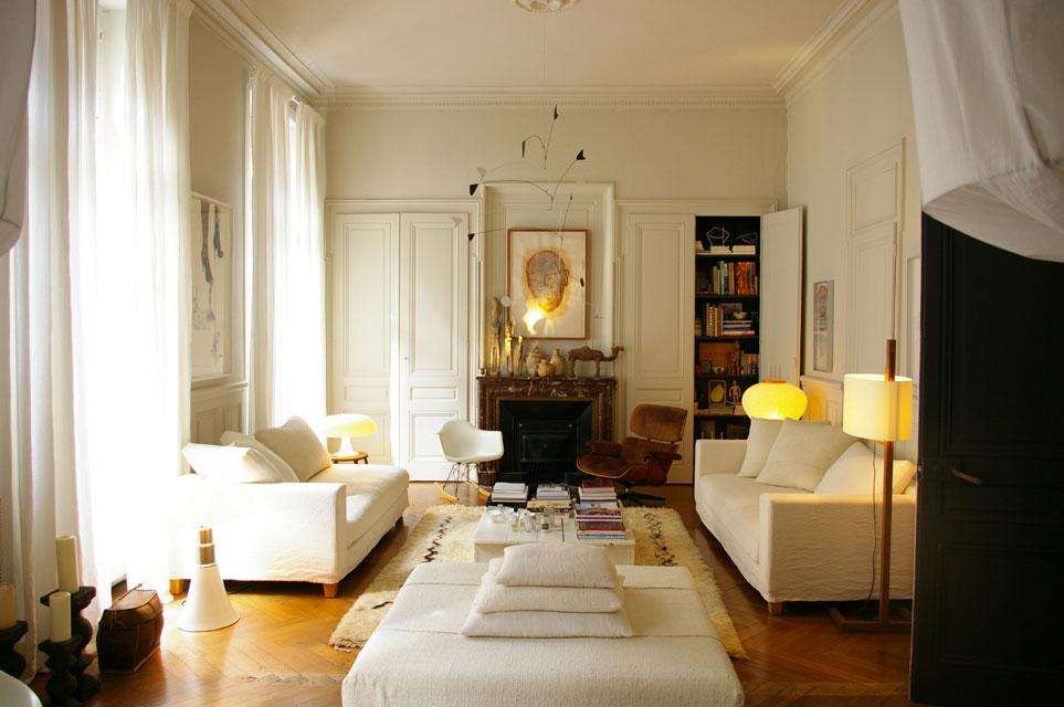 Гостиная во французском стиле фото интерьер