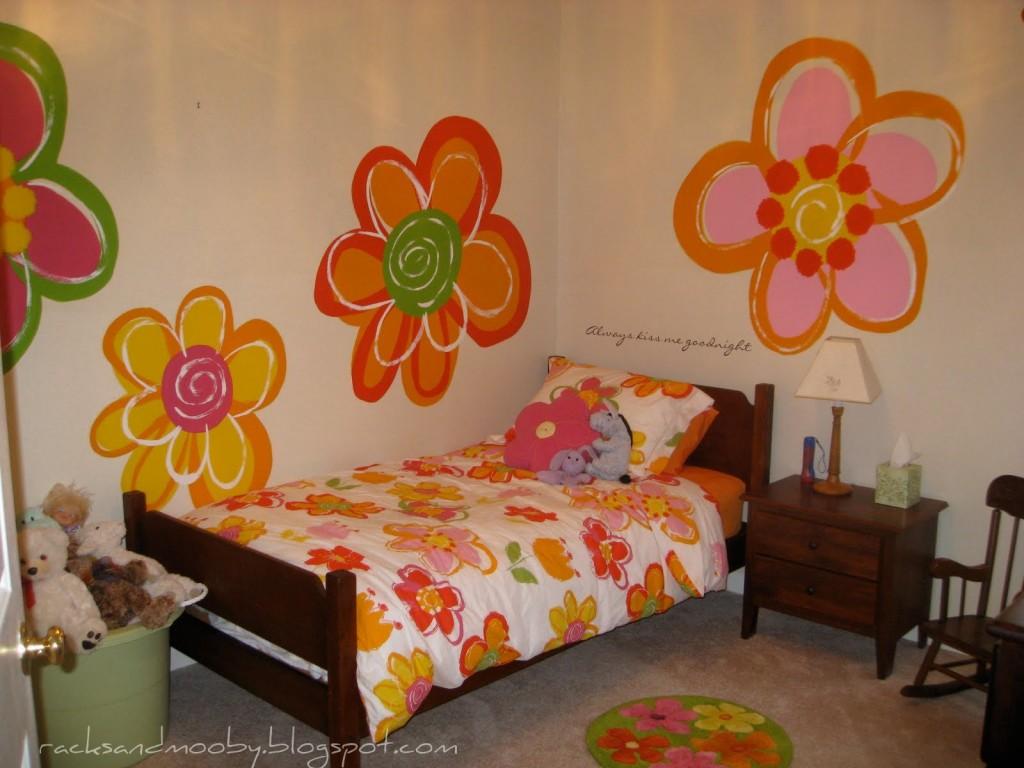 Дизайн стены своими руками в детской комнате 3