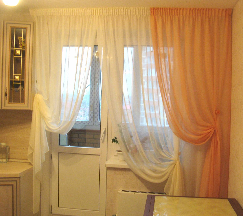 """Тюль для кухни с балконной дверью фото """" современный дизайн."""