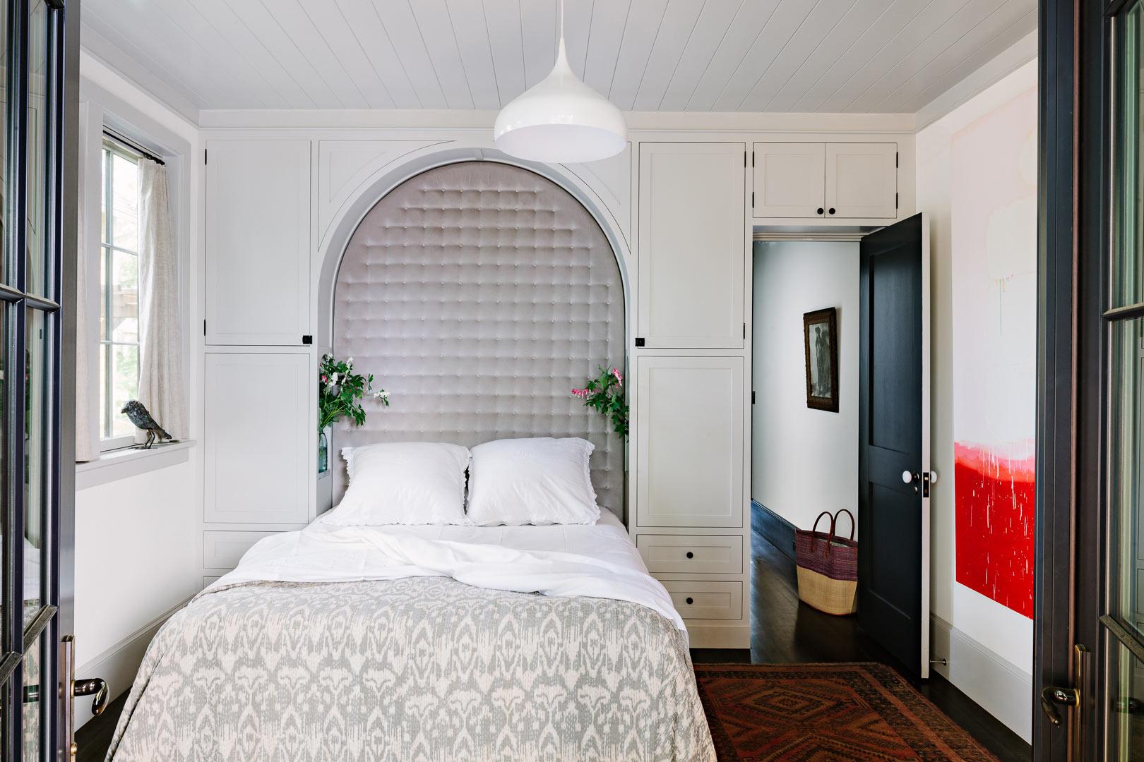 Дизайн мебели для маленькой спальни
