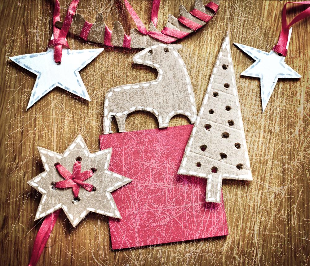 Новогодние игрушки своими руками фото из картона и бумаги