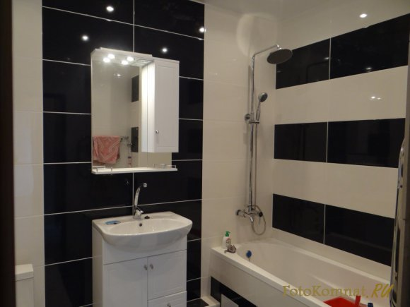 Фото дизайна ванной в черно-белом цвете