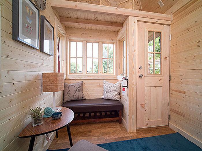 Интерьер для маленького дачного домика своими руками