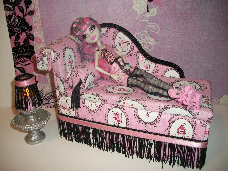 Как сделать кровать диван для кукол монстер хай