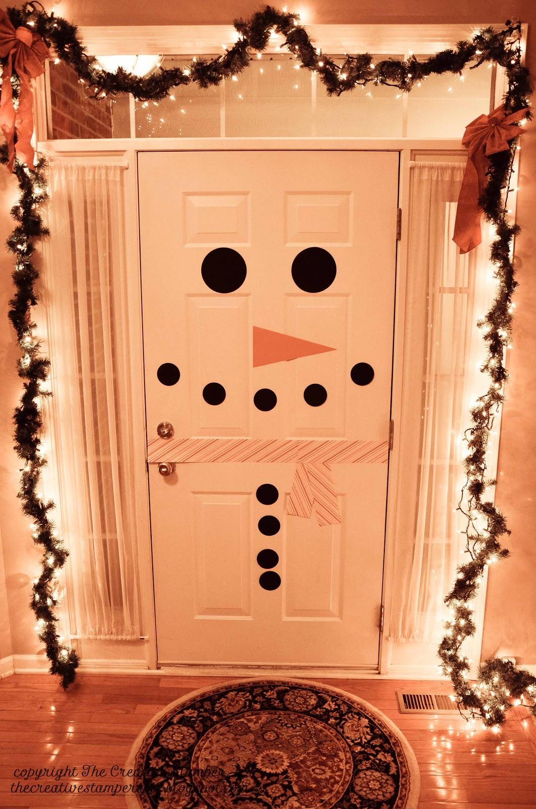 Украшение своими руками на дверь