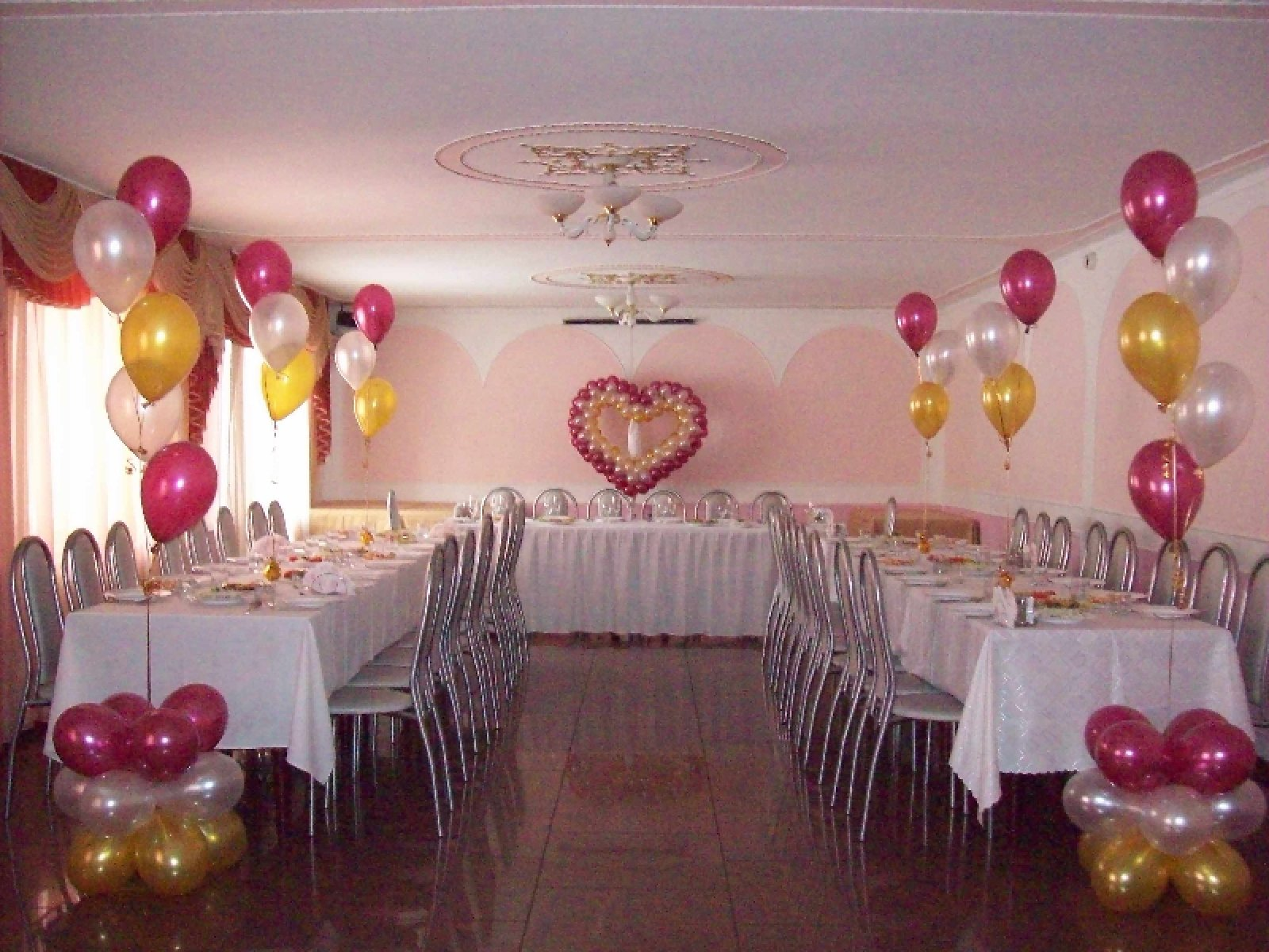 Декорирование свадебного зала своими руками 35