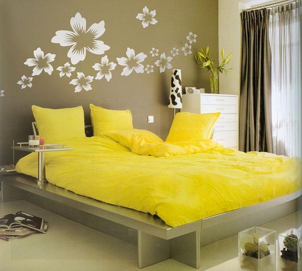Дизайн покраски стен в спальне