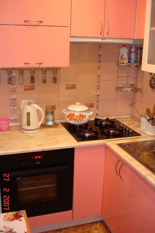 Дизайн маленькой кухни в корабле