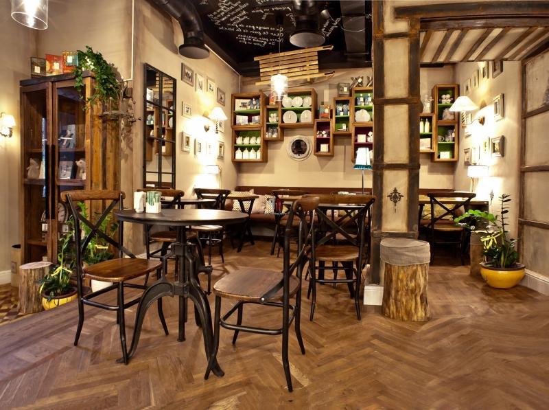 Дизайн кафе во французском стиле